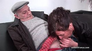 amateur mature hard dp and facialized in 3way with papy voyeur