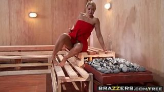 Brazzers – Hot And Mean – ( Jenni Lee, Juelz Ventura) – Hot Sauna Pussy