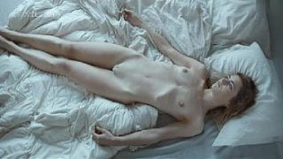 Hannah Hoekstra in search of the perfect sex