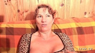 mature libertine with big tits seriously double penetrated and covered in cum