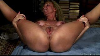 Mature yoga babe stretches and fucks her soaking wet pussy for you