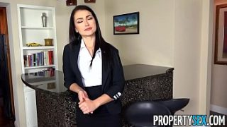 PropertySex – Homebuyer informs agent he wants to put in big offer
